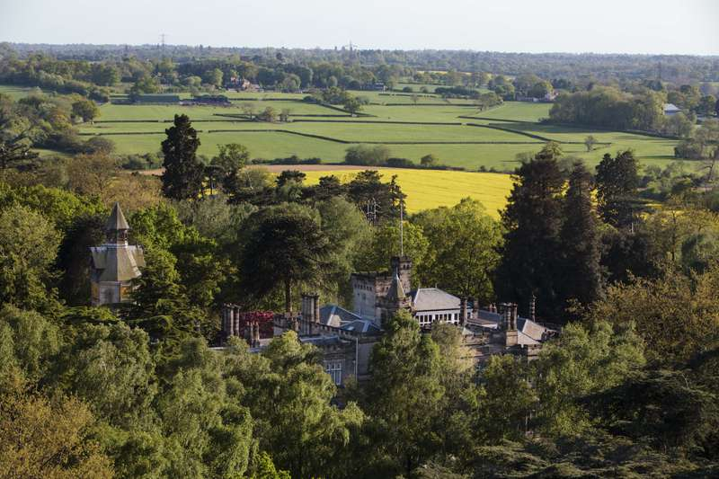 Hotels, Cottages, B&Bs & Glamping in Warwickshire
