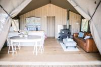 Stunning Safari tent with private Hot tub in a glorious part of Wales
