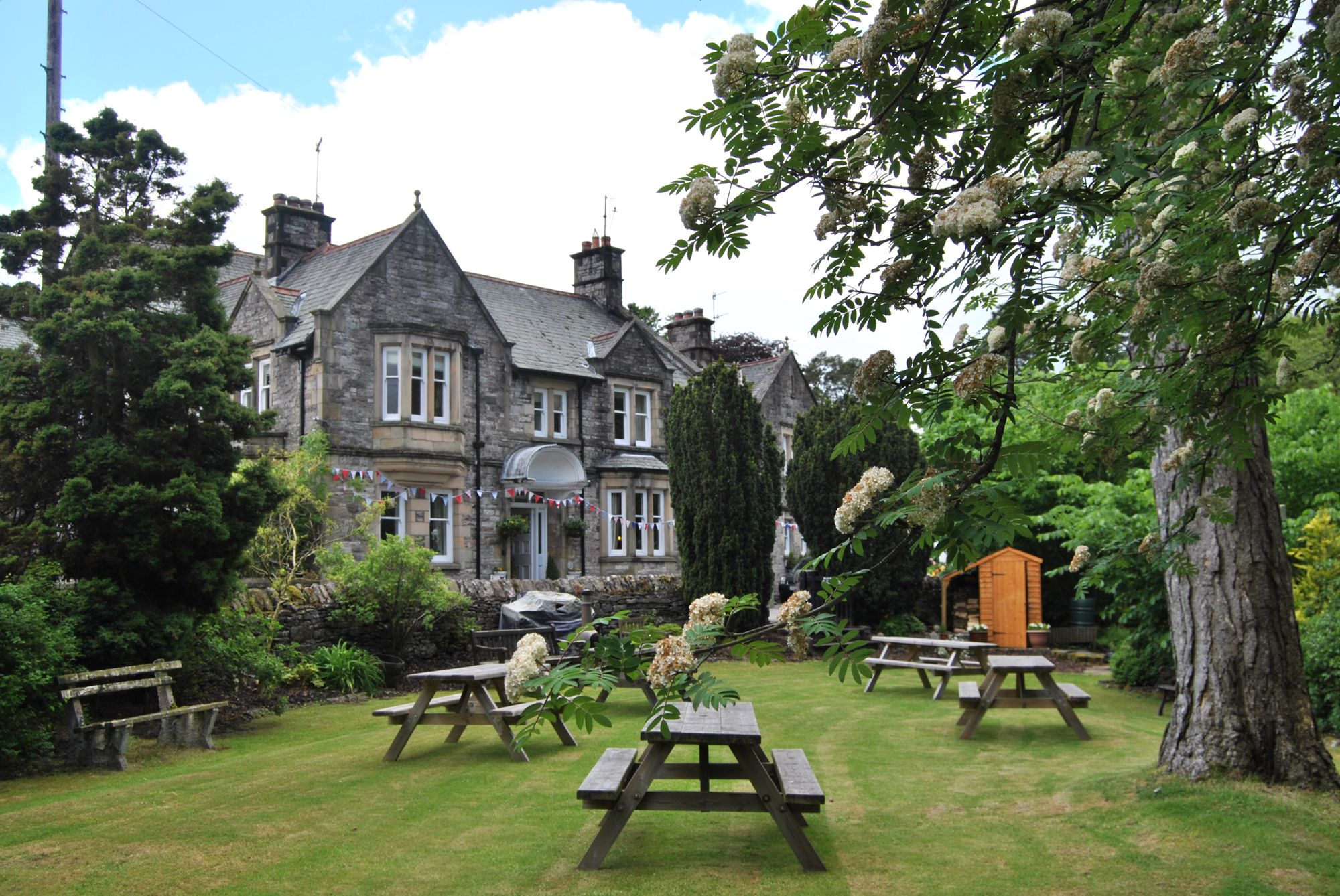 Hotels in Ravenstonedale holidays at Cool Places