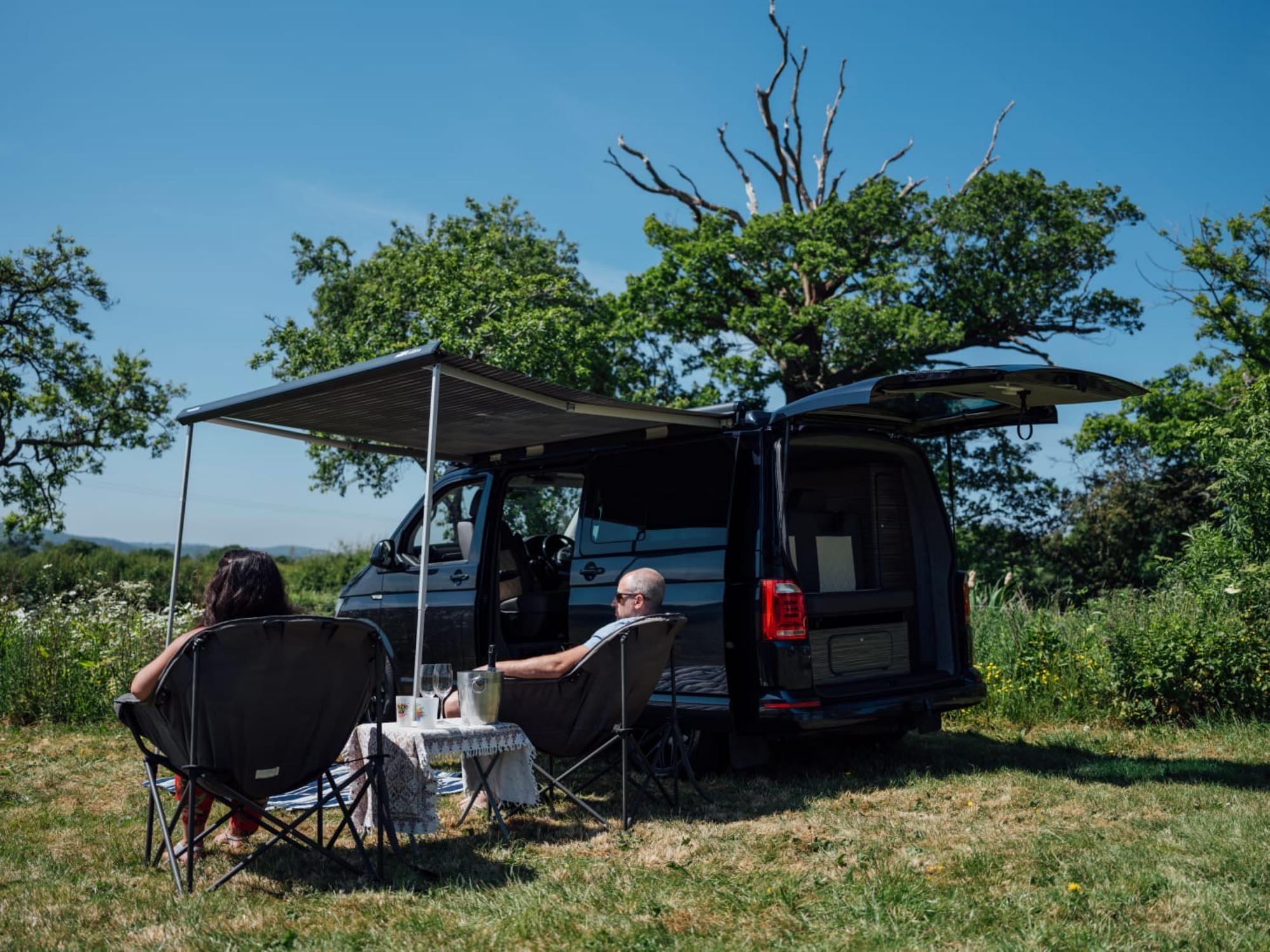 Campervan hire in Birmingham | Motorhome Rental in Birmingham