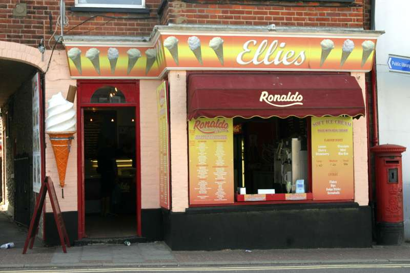 Ellie's