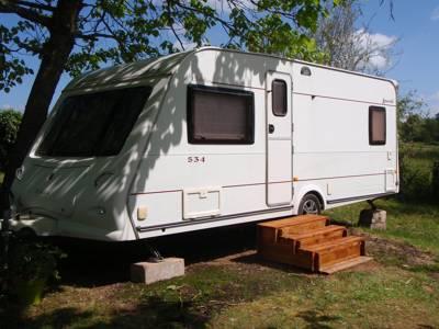 (RE) Rental Caravan