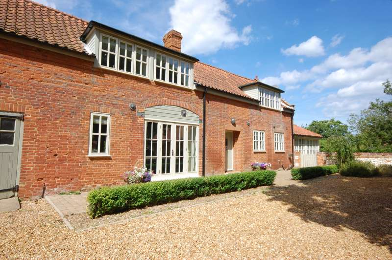 Win a £400 Voucher for a Stay with Original Cottages