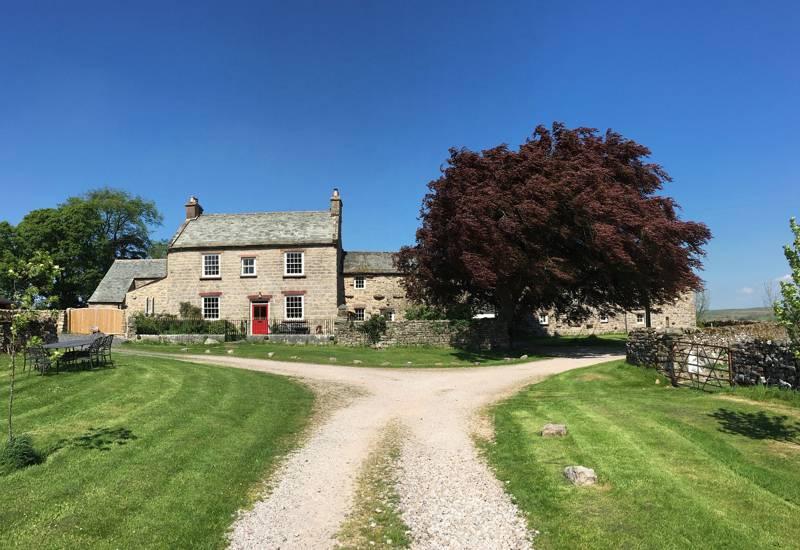 A Corner of Eden EdenLow, Stennerskeugh, Ravenstonedale, Kirkby Stephen, Cumbria CA17 4LL UK