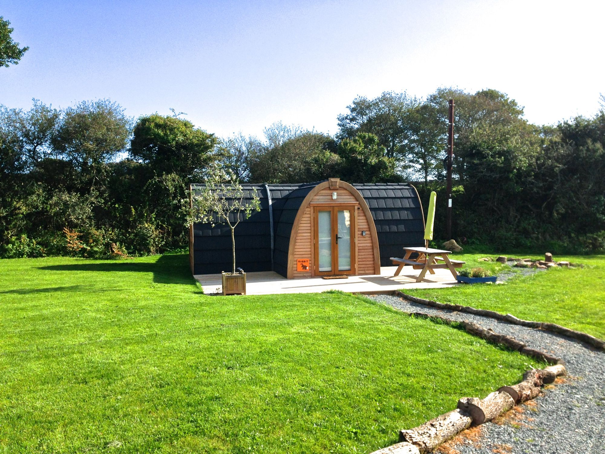 Kid-friendly and hassle-free – lakeside glamping just a stone's throw from Falmouth.
