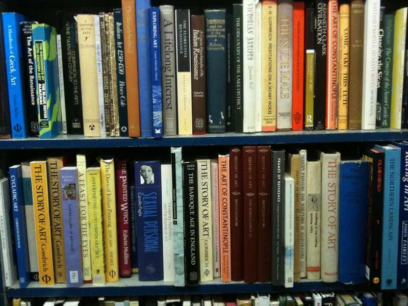 Baggins Book Bazaar