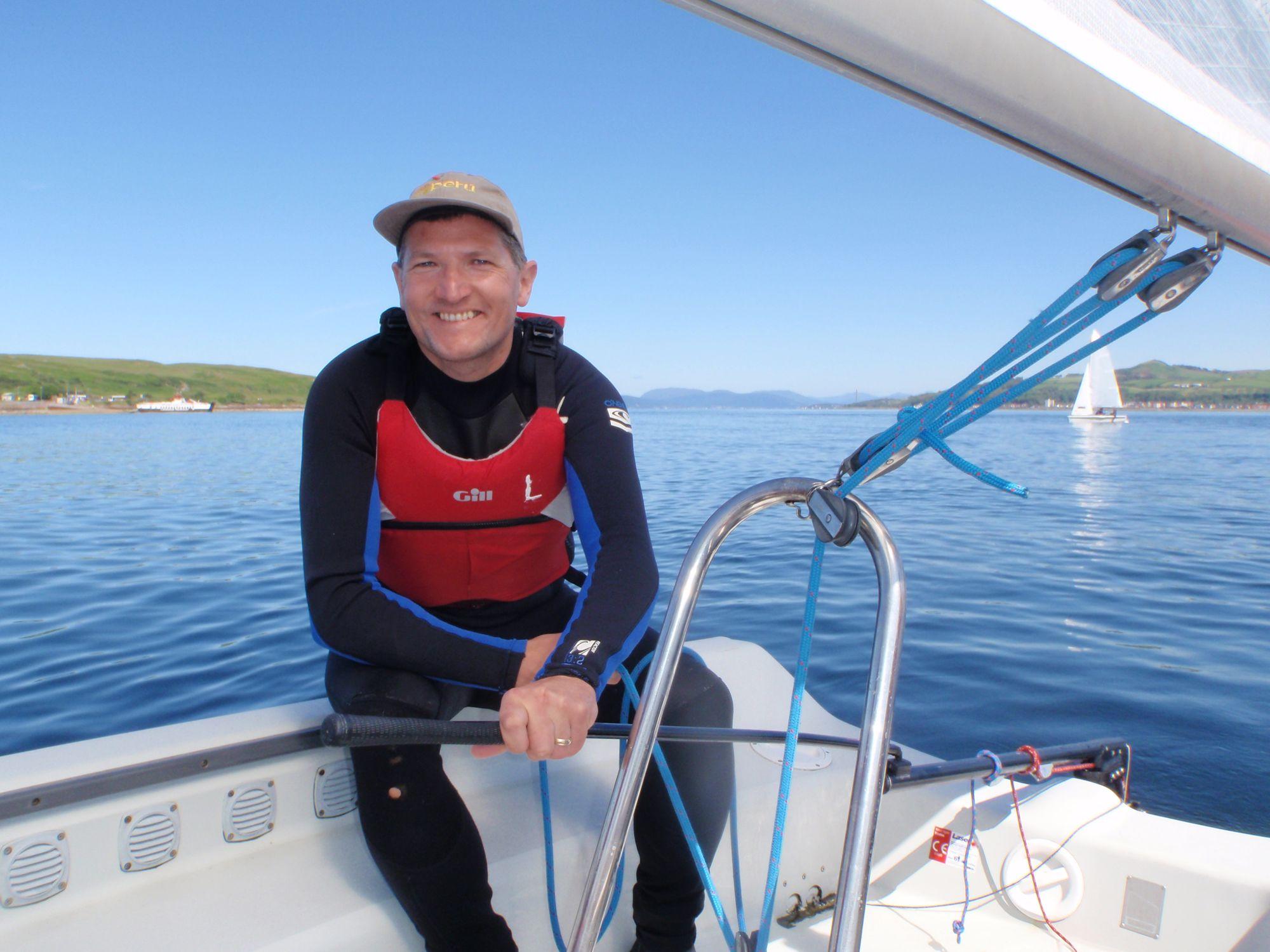 Sailing Centre – Sailing around Cumbrae