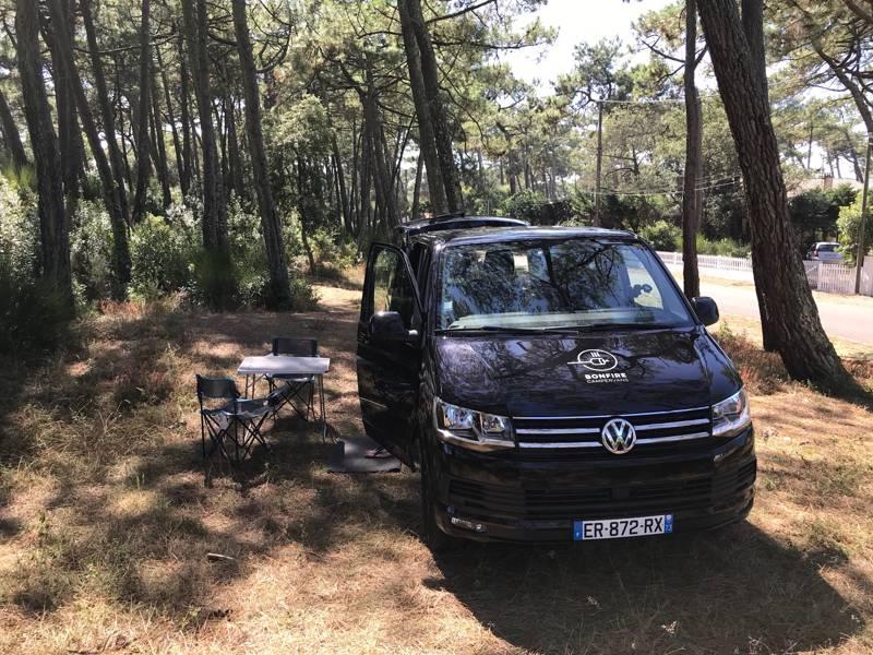 VW Camper - Bordeaux Airport