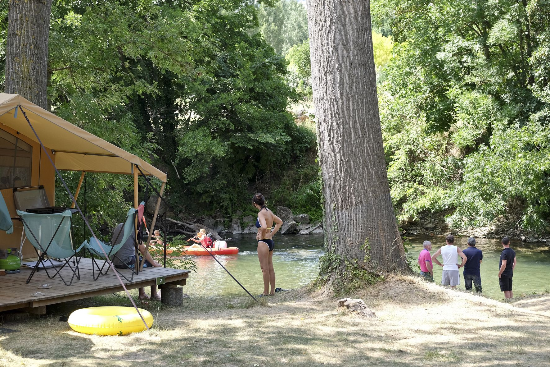 Family friendly camping in Aveyron on the banks of two rivers – the Tarn and the Dourbie.