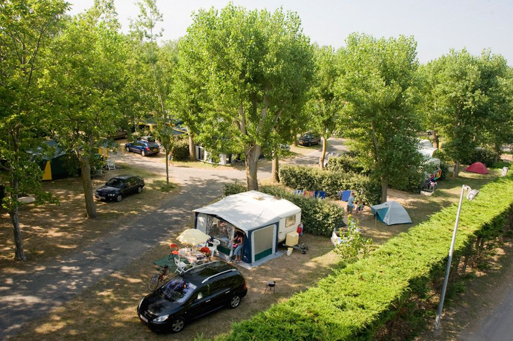 Campsites in Languedoc-Roussillon holidays at Glampingly
