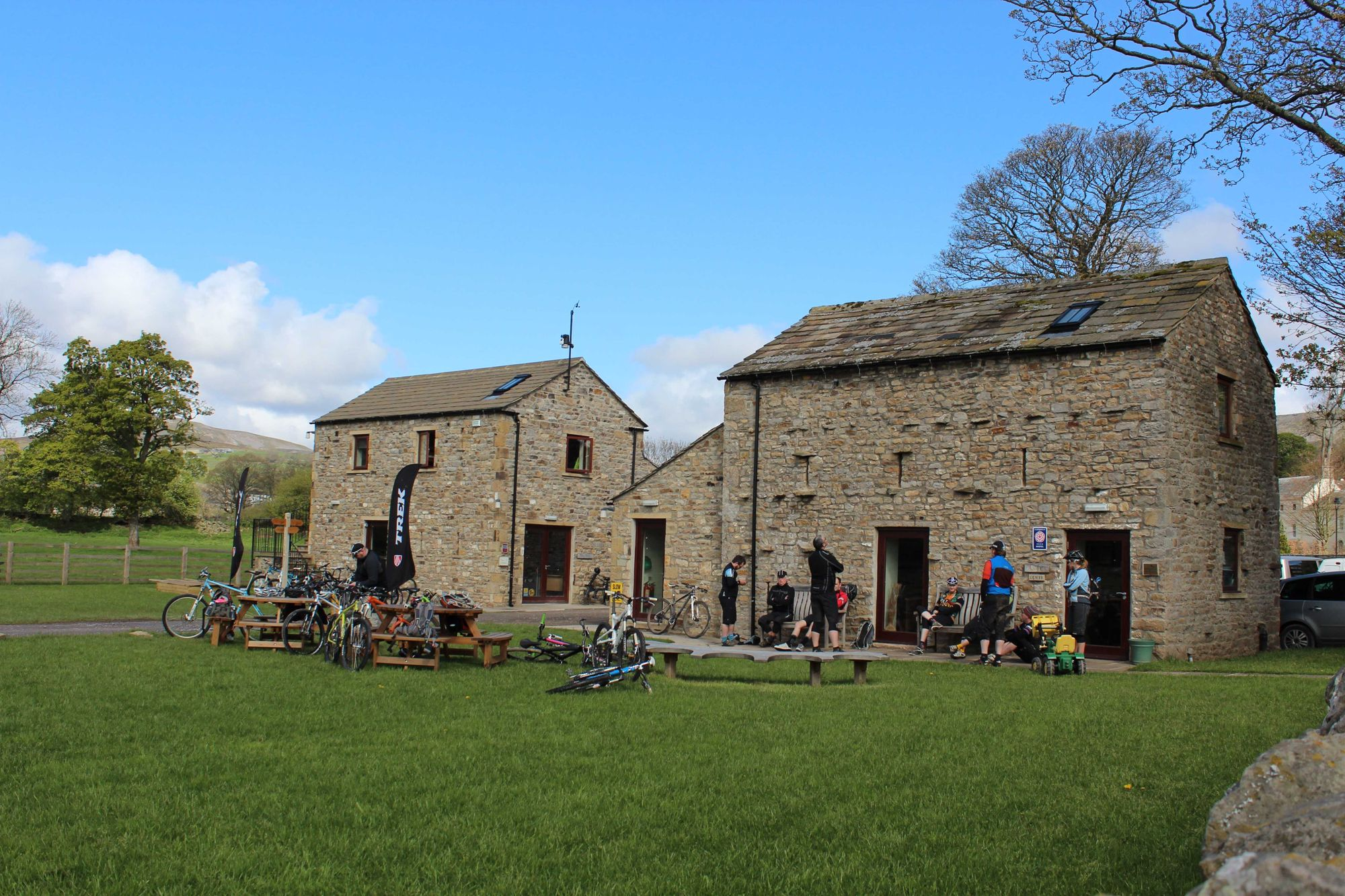 Hostels in Reeth holidays at Cool Places