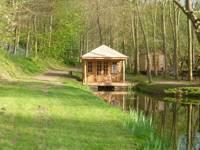 Cedar Log Cabin - Temevale Cedar