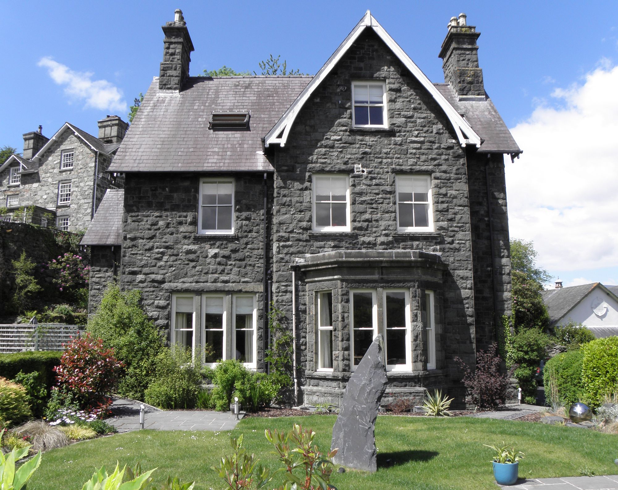 Hotels in Dolgellau holidays at Cool Places