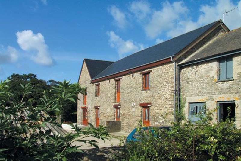 Tregedna Lodge Maenporth Falmouth Cornwall TR11 5HL