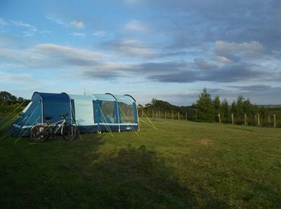 Tent/Small Campervan pitch