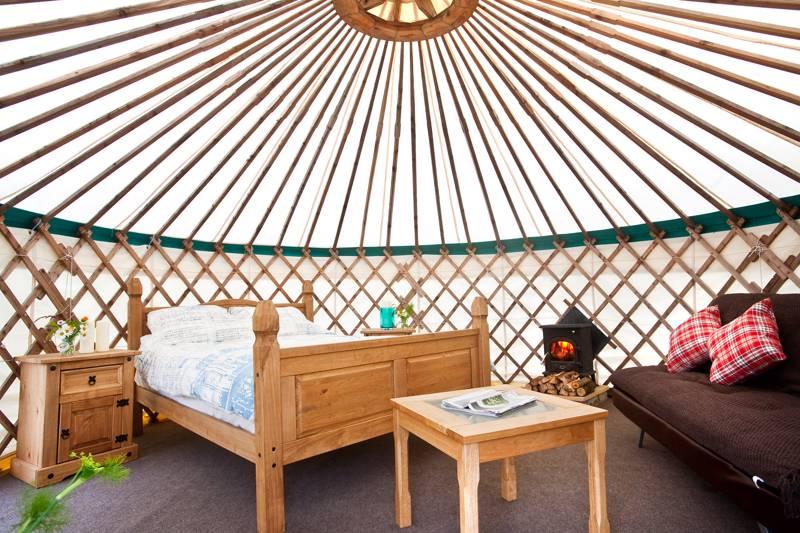 Crocullia yurt