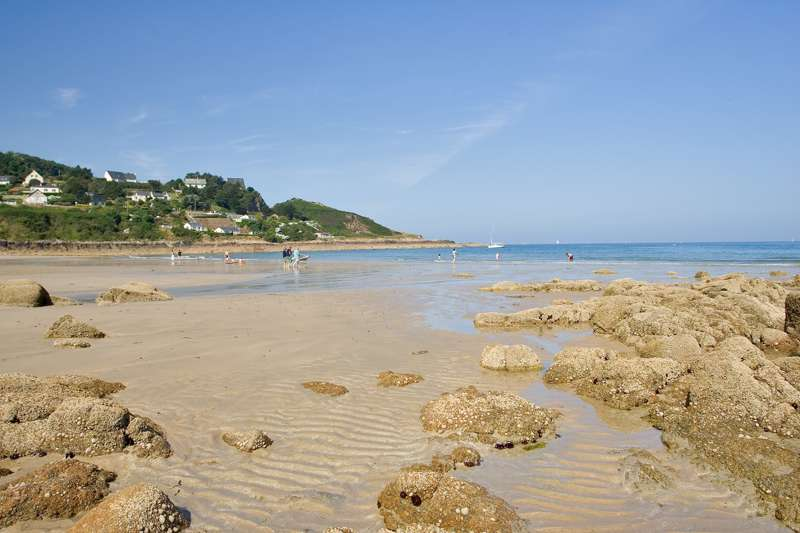 Campsites in Normandy – Best Camping Sites in Normandy, France