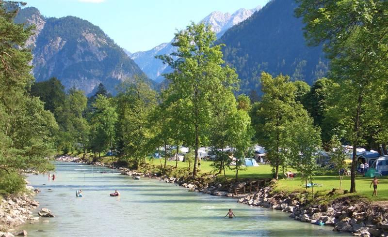 Campsites in Austria 鈥� The Best 平博88体育 & Glamping in Austria