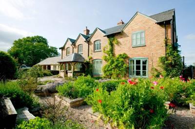 Upper Shadymoor Farm Stapleton, Shrewsbury, Shropshire SY5 7AL