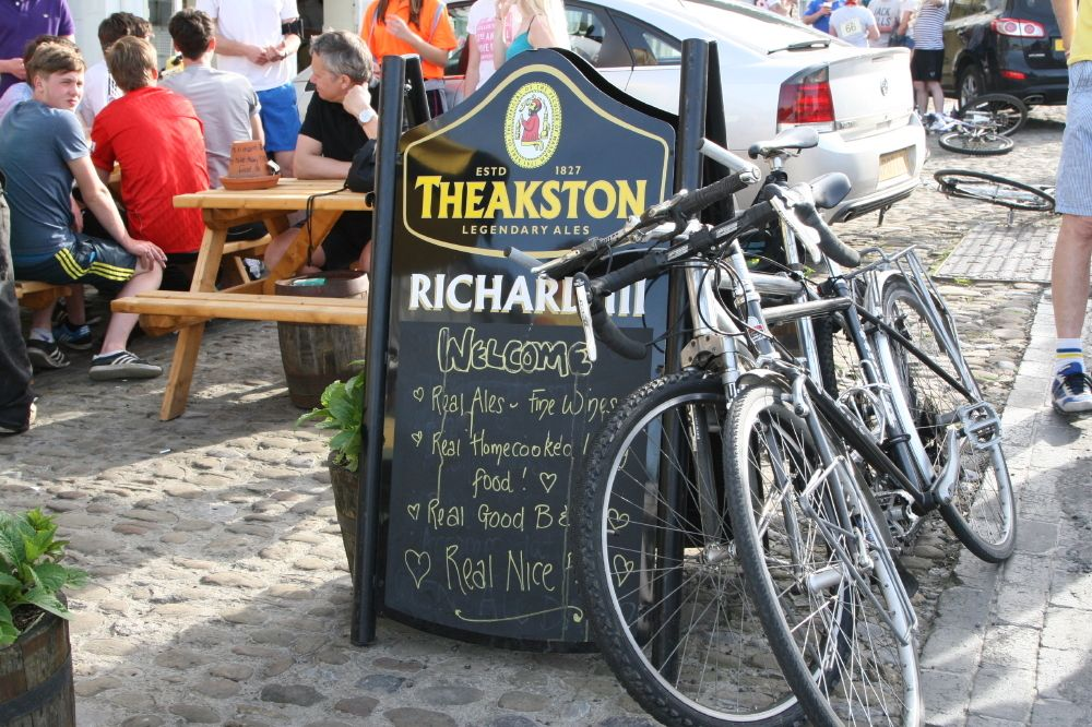 Bikes, Gears and a Few Beers - a Cool Places Video