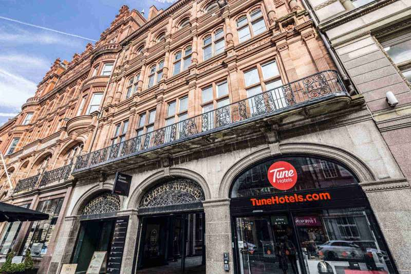 Tune Hotel Liverpool 3–19 Queen Buildings Castle Street Liverpool L2 4XE