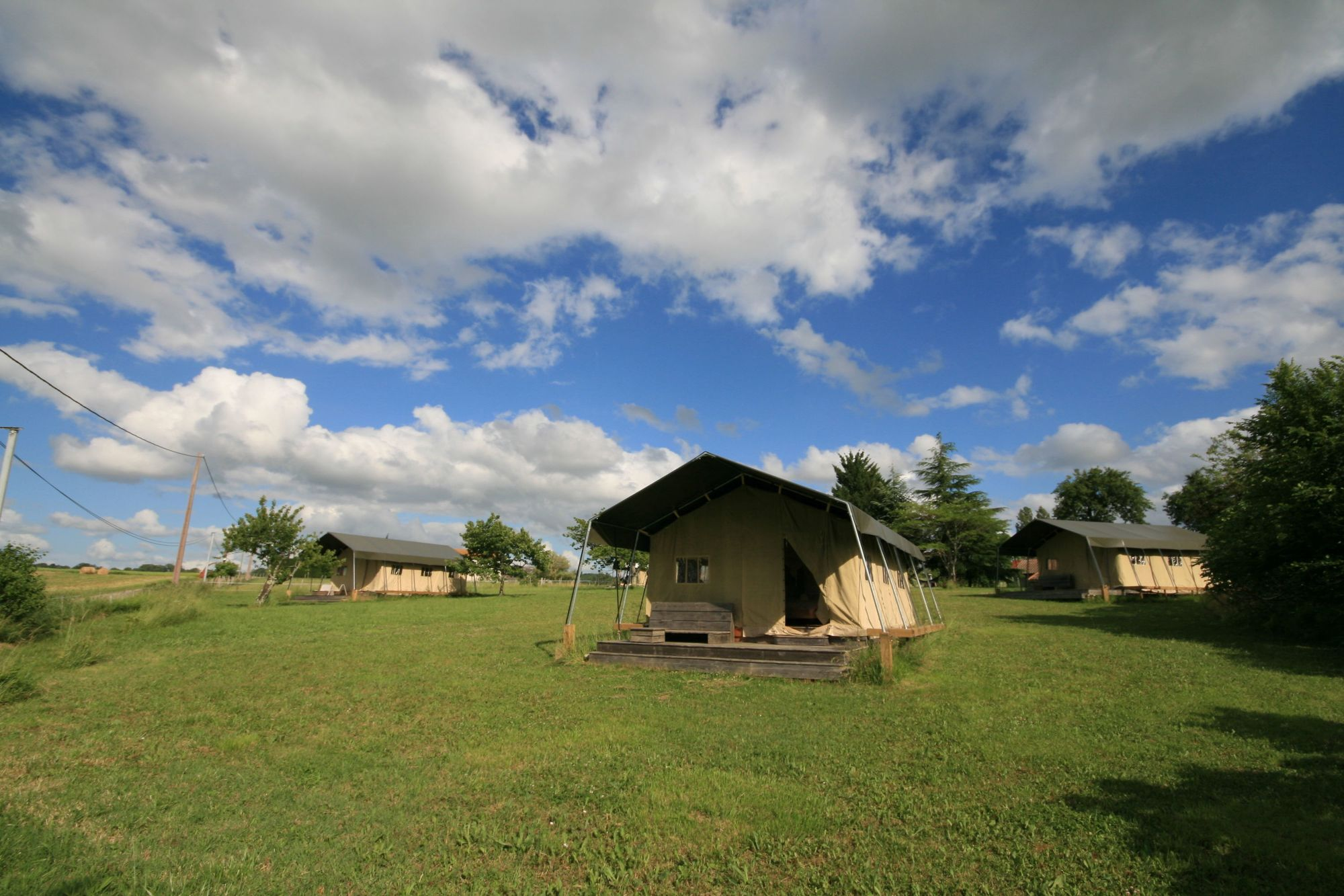 Safari Tents in France – Safari Tent Glamping Holidays in France