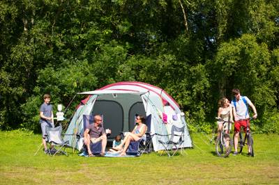 Water-sports galore at this family friendly, activity packed campsite in rural Lincolnshire.
