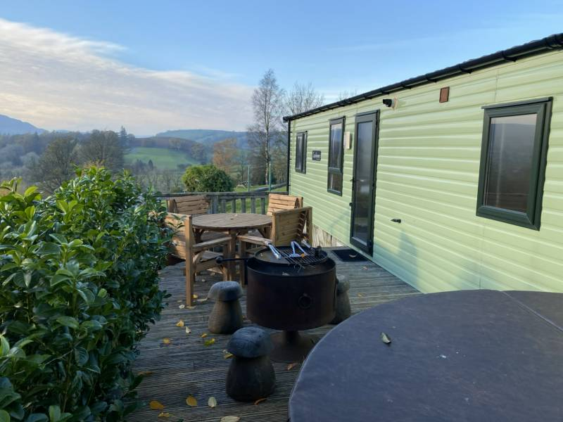 Self catered caravans with private hot tubs