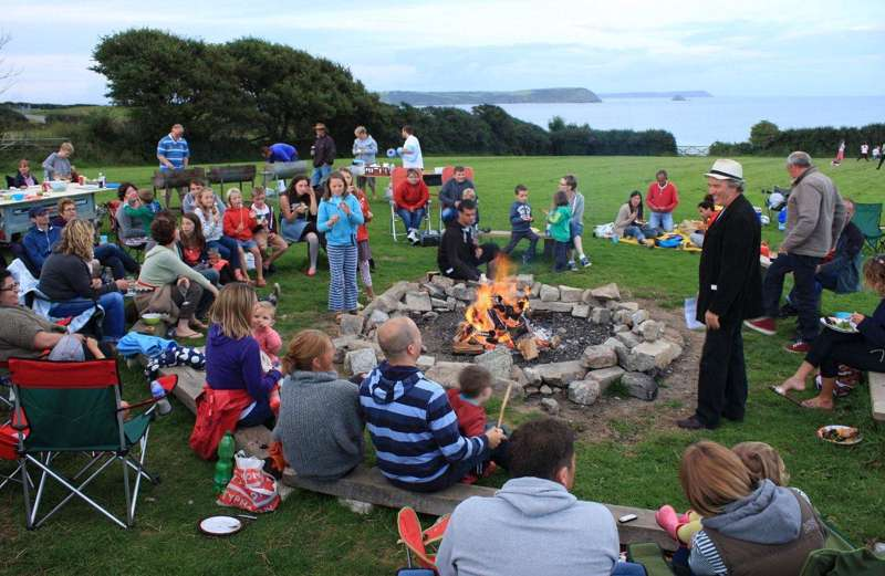 10 Amazing Campfire-Friendly Campsites in Cornwall