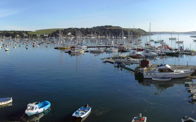 Harbour's Reach Waterfront Holiday Apartments King Charles Quay Falmouth TR11 3HQ