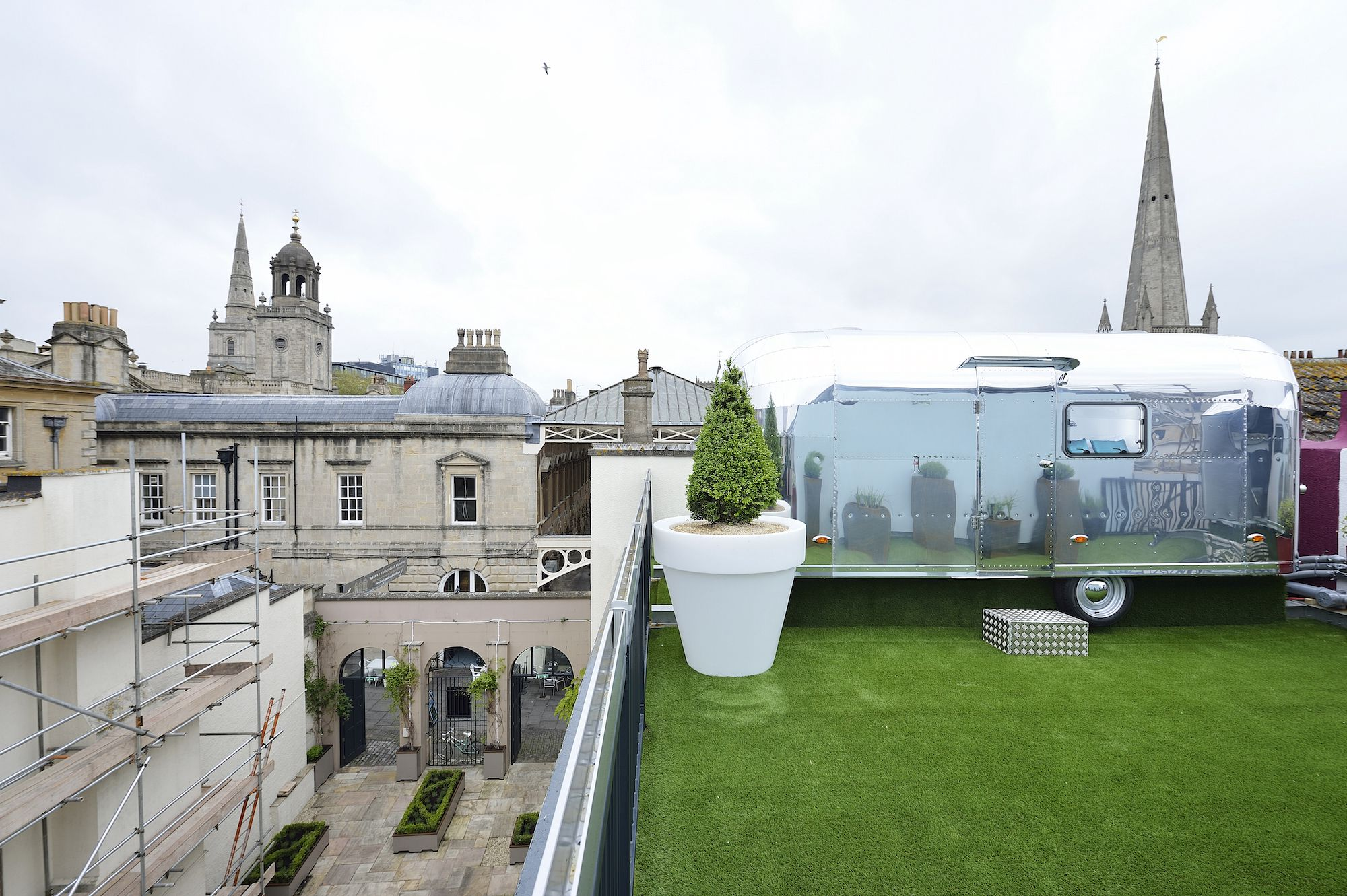 Glamping in Bristol: A quirky city escape on the roof of a boutique Bristol guesthouse where guests sleep in vintage-style, aluminium caravans and peep out at unbeatable city views.
