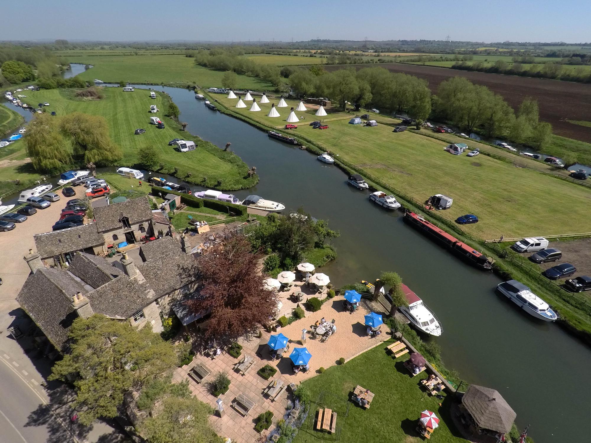 Campsites in Faringdon – Cool Camping
