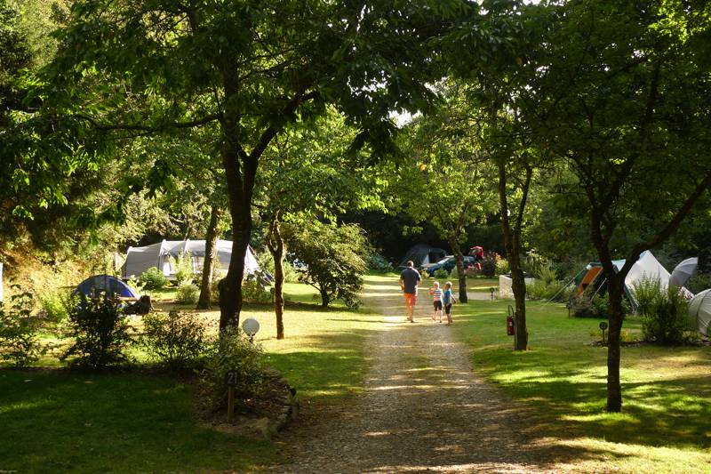 Shady Camping de Pont Calleck is on the edge of a forest in central Brittany.