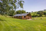 Family-friendly safari tent in Monmouthshire