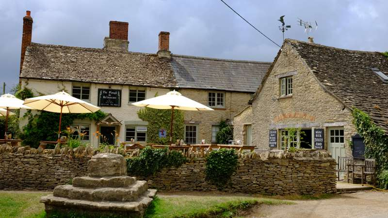 The Plough Inn Kelmscott Lechlade Gloucestershire GL7 3HG