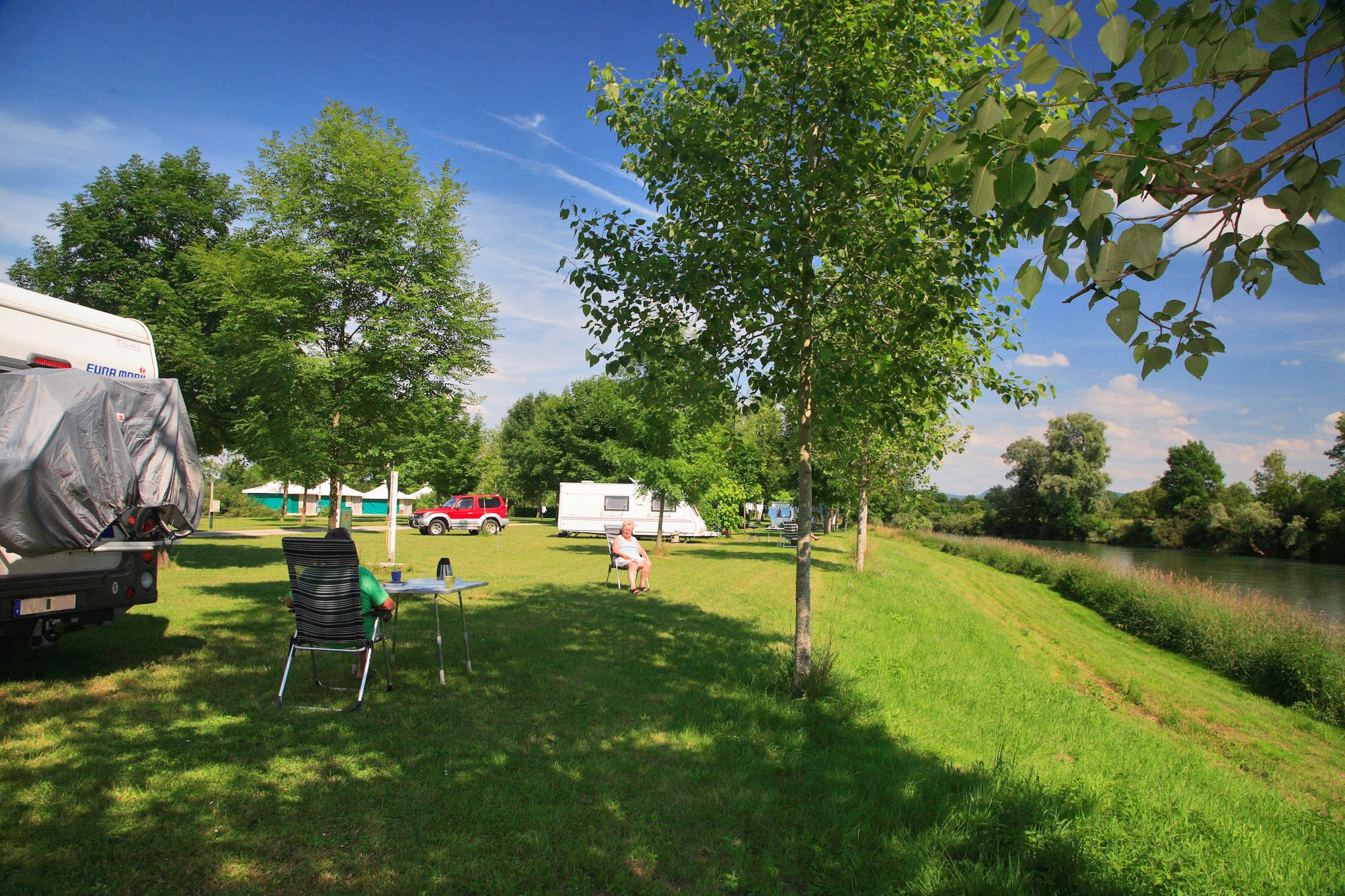 Active family camping and glamping on the banks of the River Loue with heaps of facilities on offer.