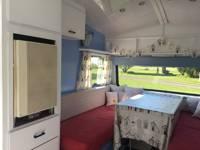 Dolly the Vintage Caravan
