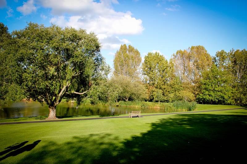 Horsley Camping | Campsites near Horsley, Surrey