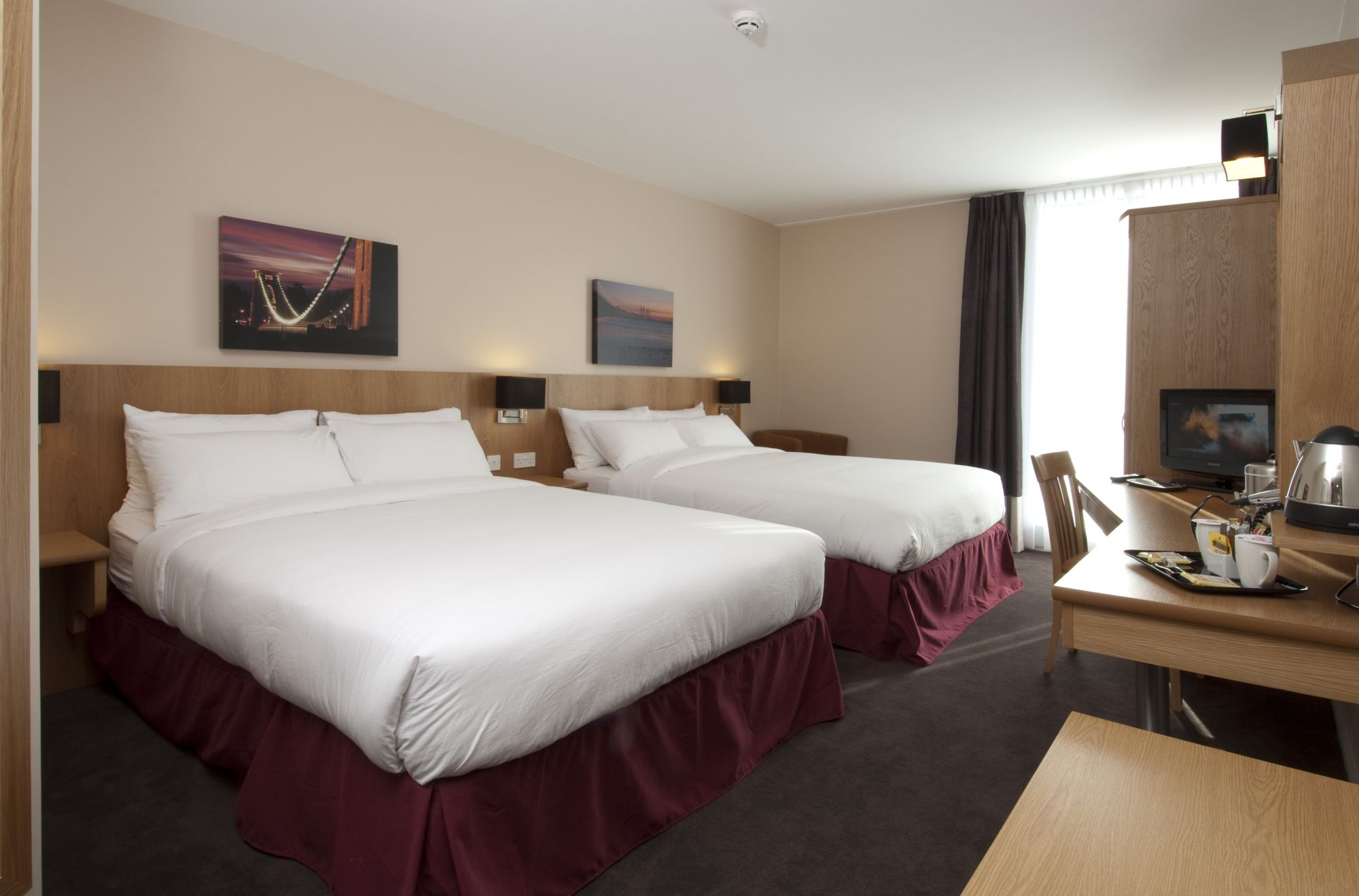 Hotels in Bristol holidays at Cool Places
