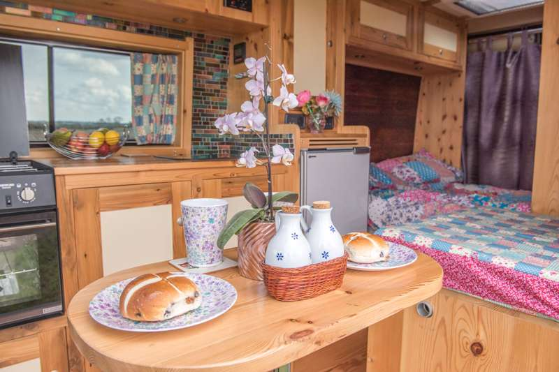 Raelene, Huntingdon, from Quirky Campers