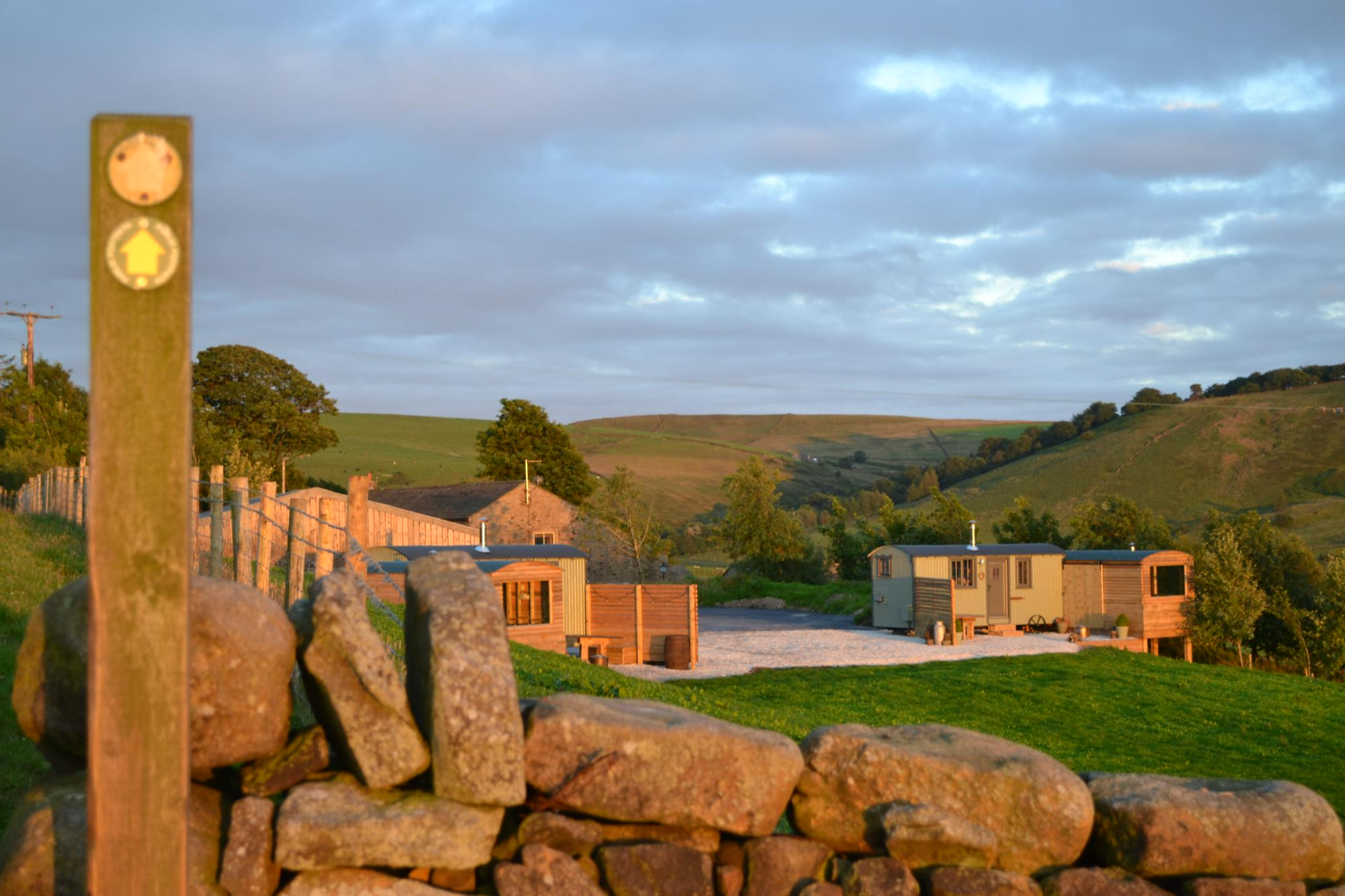 Campsites in Lancashire – Glampingly