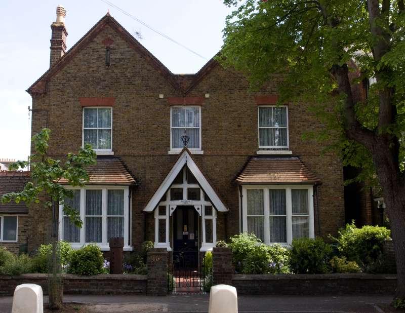 Langton House 46 Alma Road Windsor SL4 3HA