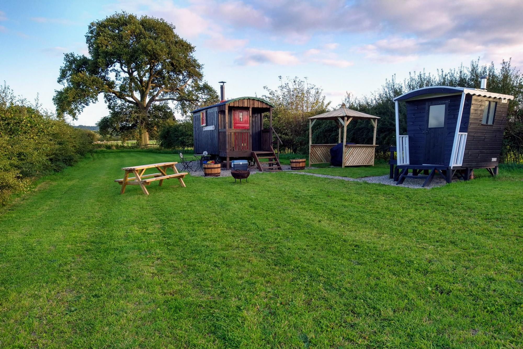 Glamping in Shrewsbury – Cool Camping