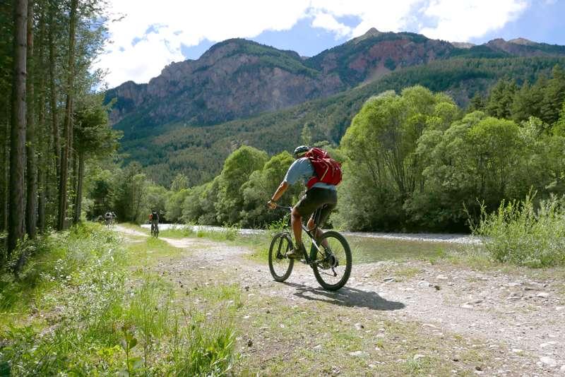 Huttopia La Clarée Huttopia La Clarée, 8 Le Rosier, 05100 Val-des-Prés, Hautes-Alpes, France