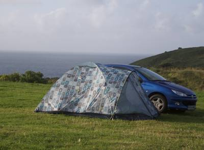 Skrinkle Bay makes a most refreshing campsite find, situated as it is amid the gigantic holiday parks and static caravan cities that litter this part of the Pembrokeshire coastline.
