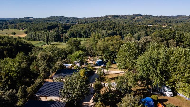 Camping Domaine des Mathevies 24200 Ste-Nathalène, nr Sarlat-la-Canéda, Dordogne, France
