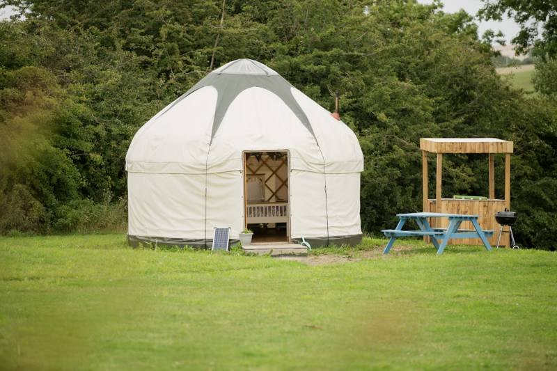 Country Bumpkin Yurts Waterloo Cottage Farm, 34 Harborough Road, Great Oxendon, Market Harborough, Leicestershire LE16 8NA