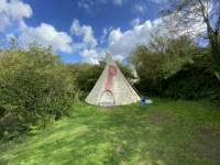 Lizzies - Large Tipi - Private Site
