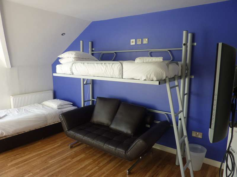 Nos Da Hostel 53–59 Despenser Street Cardiff CF11 6AG