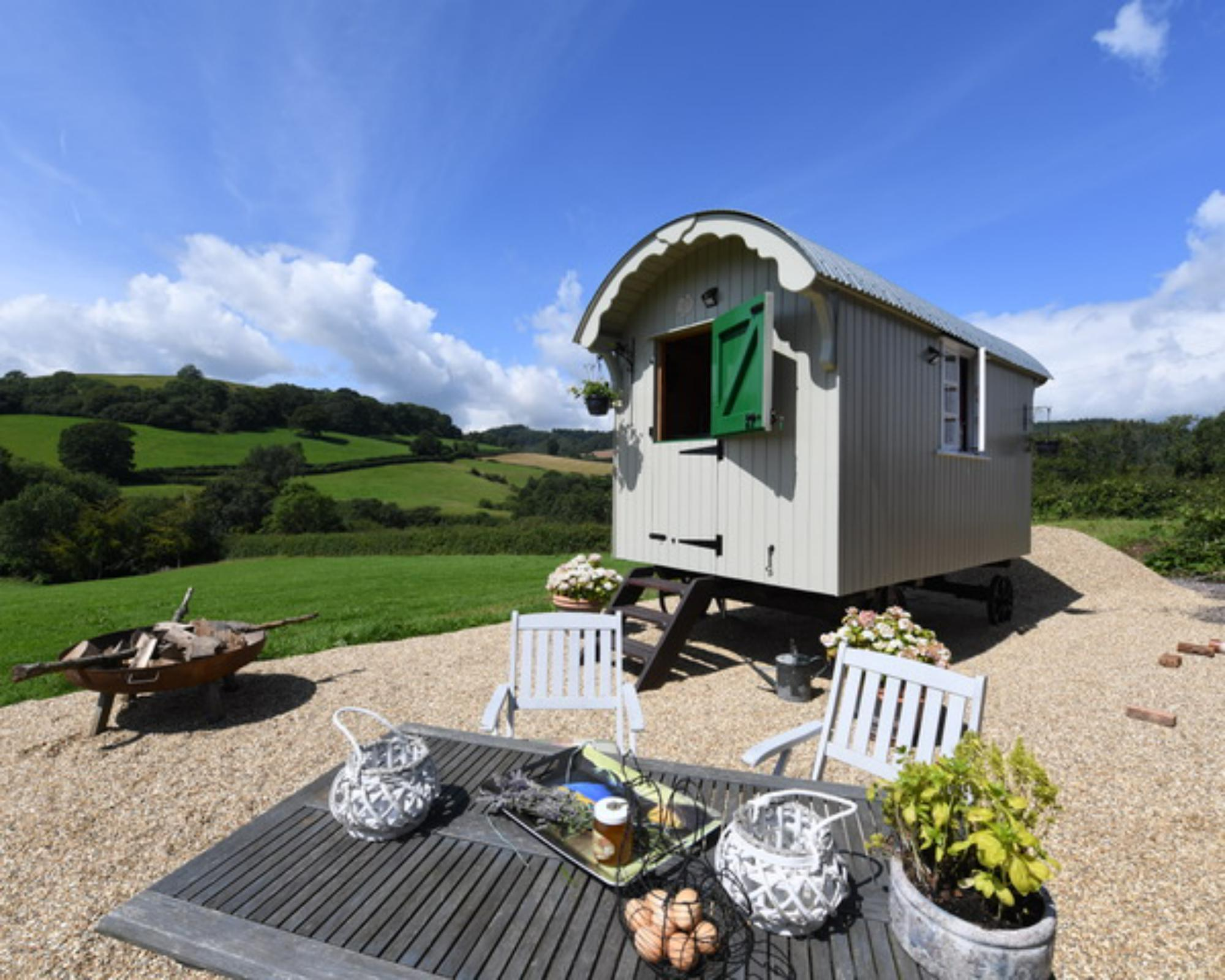 Glamping in Sidmouth & Seaton – Cool Camping
